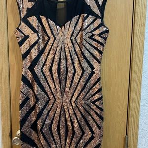 Dresses & Skirts - Bronze and black sequin dress